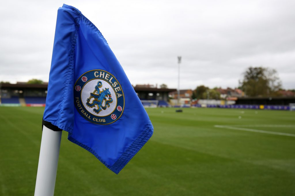 First professional deal for Chelsea midfielder