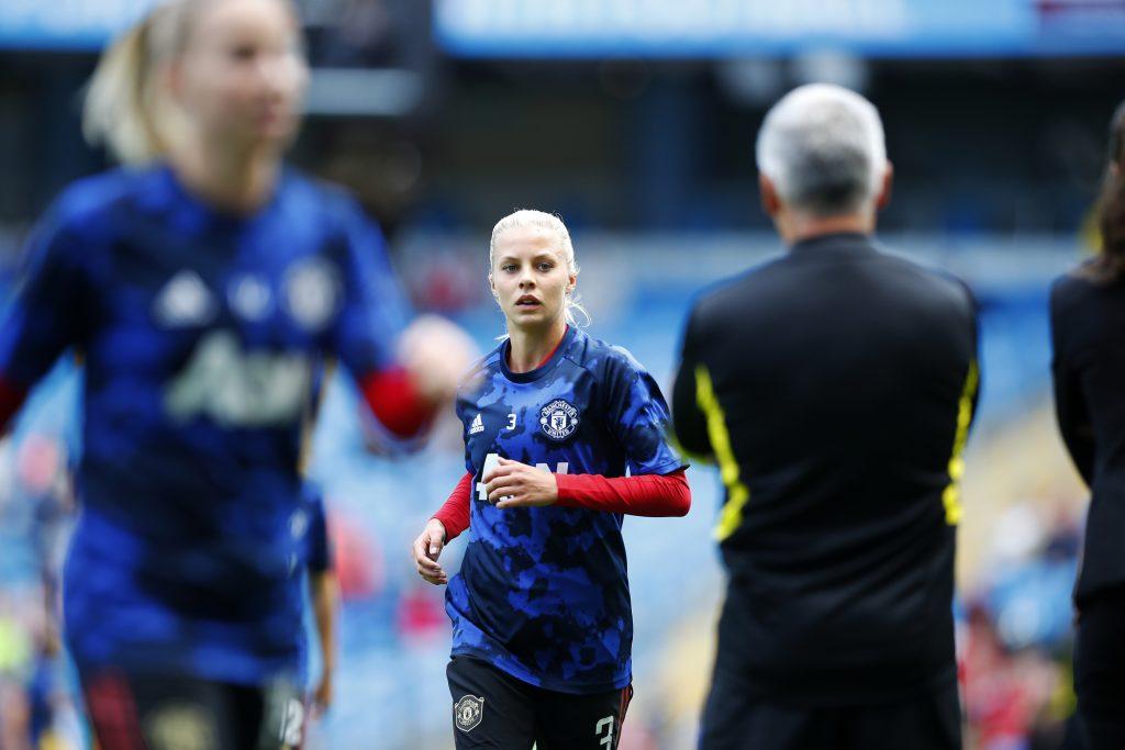 Lotta Ökvist completes Göteborg FC move from Manchester United