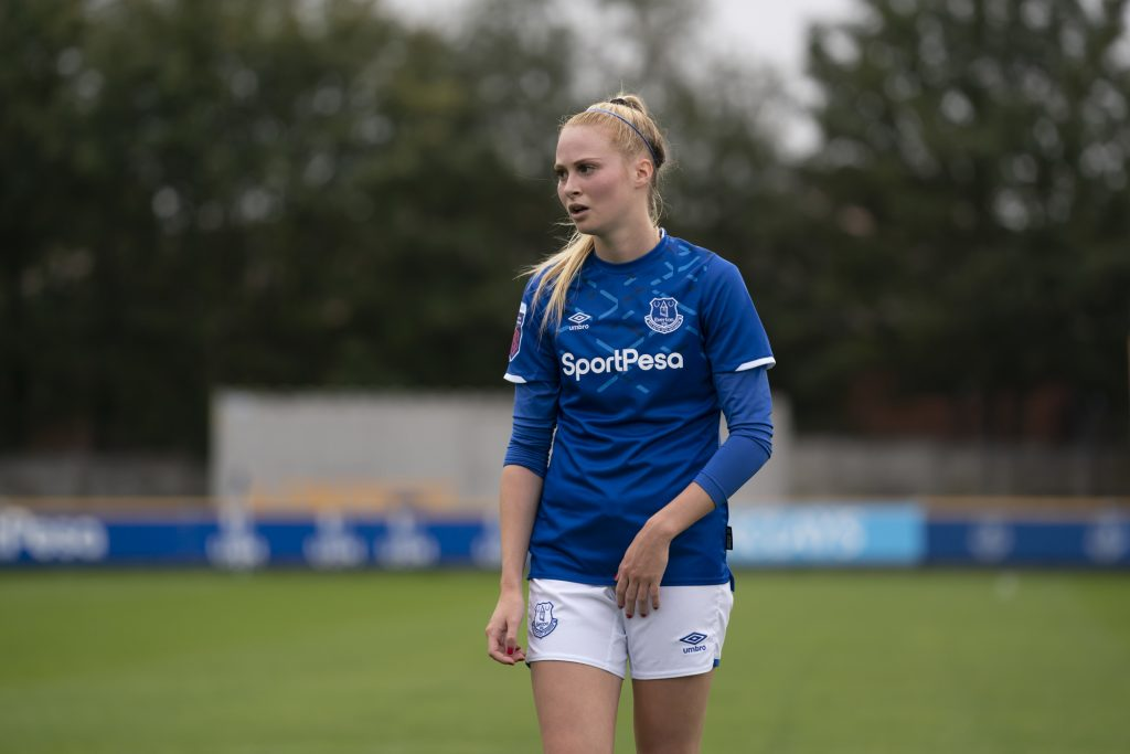 Former Everton midfielder Pike joins Leicester City