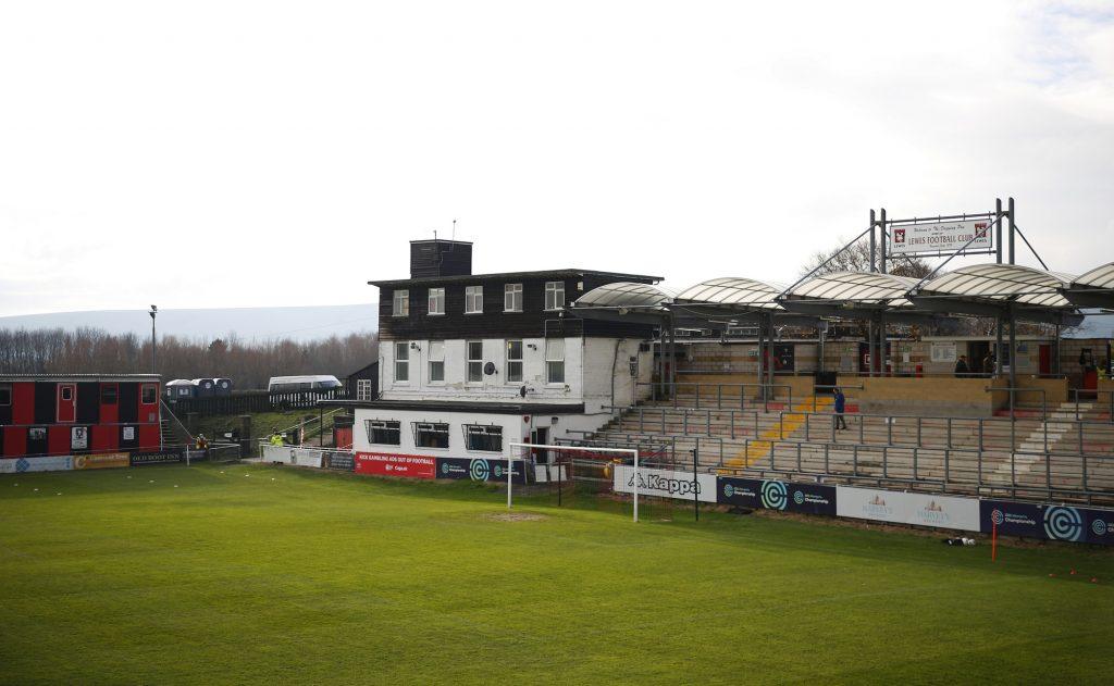 Northern Irish international McKenna joins Lewes