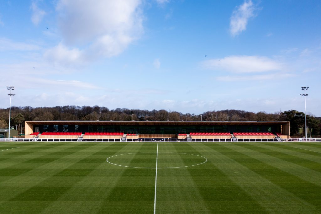 Young Bristol City forward Woolley pens new deal